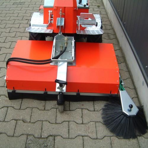 Spazzola laterale per spazzatrice AX900