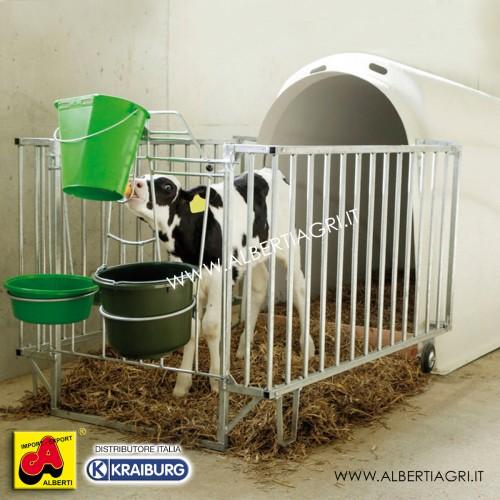 607 AKCALFHFSMP_a Capanna vitelli in plastica con  recinto rinforzato